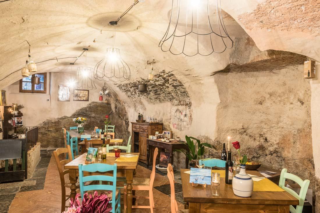 Enoteca con cucina sul Lago di Como