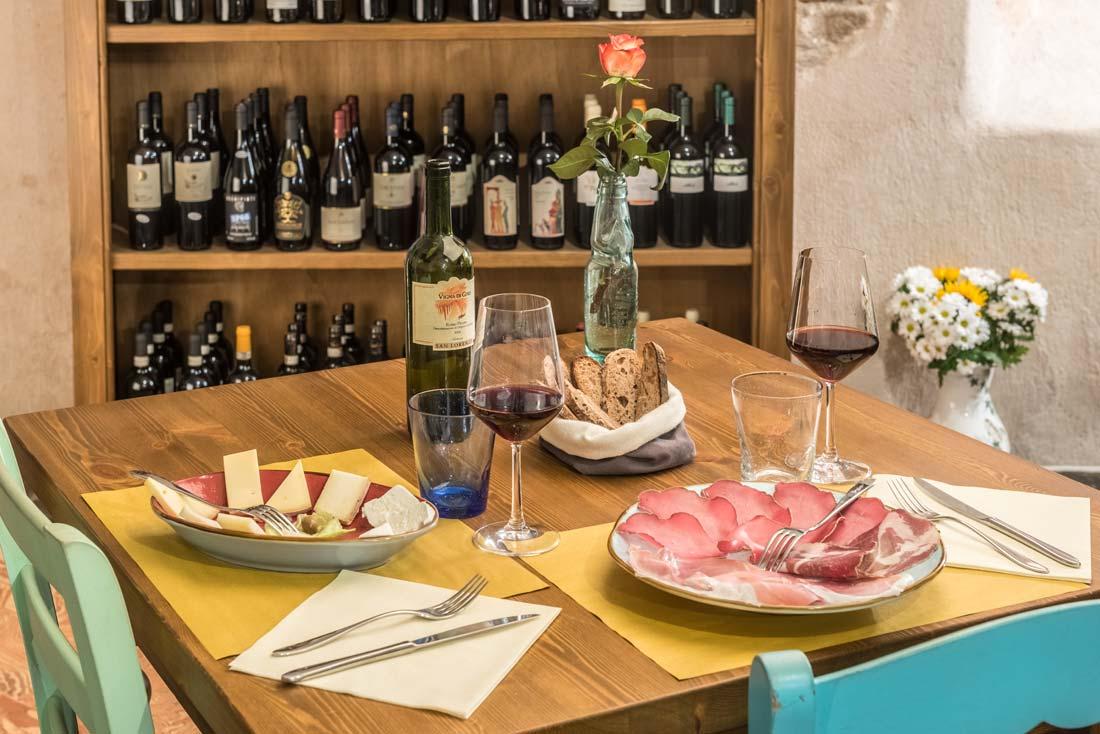 Ristorante e Cucina con enoteca a Como